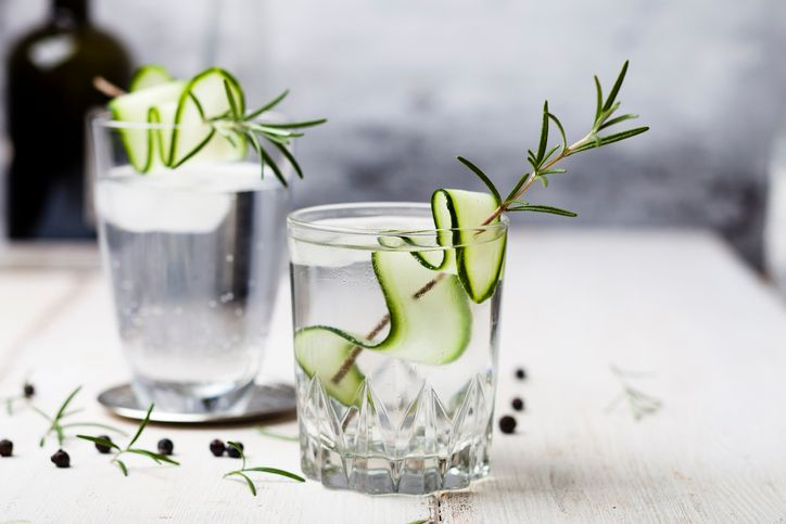 Make the perfect Gin and Tonic the Keith Prowse way