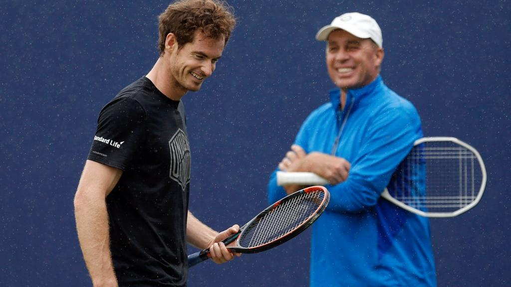 Andy Murray and Ivan Lendl laughing during tennis practice